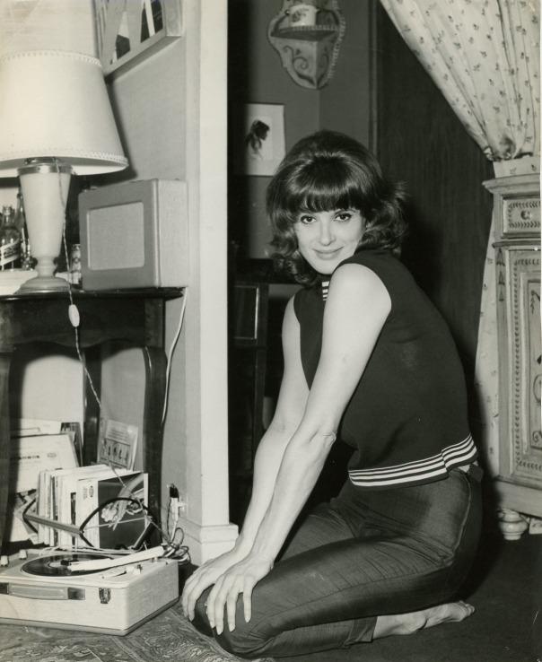 Irene Tunc record player