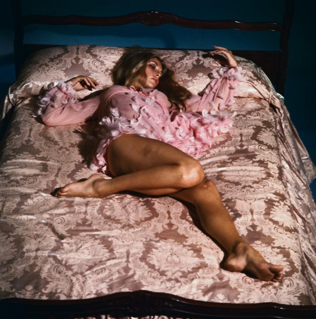 https://24femmespersecond.files.wordpress.com/2013/11/sharon-tate-195965025.jpg?w=1200