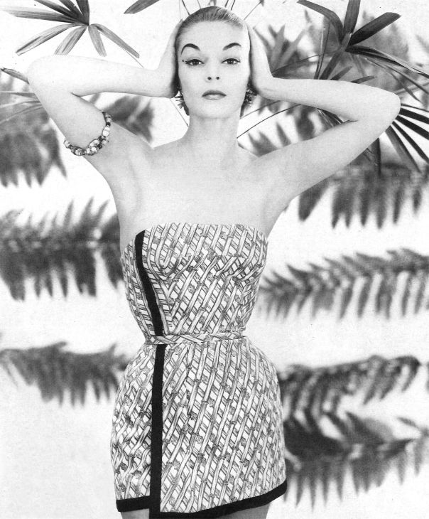 1926 jean-patchett-wearing-swimwear-by-carolyn-schnurer-1954