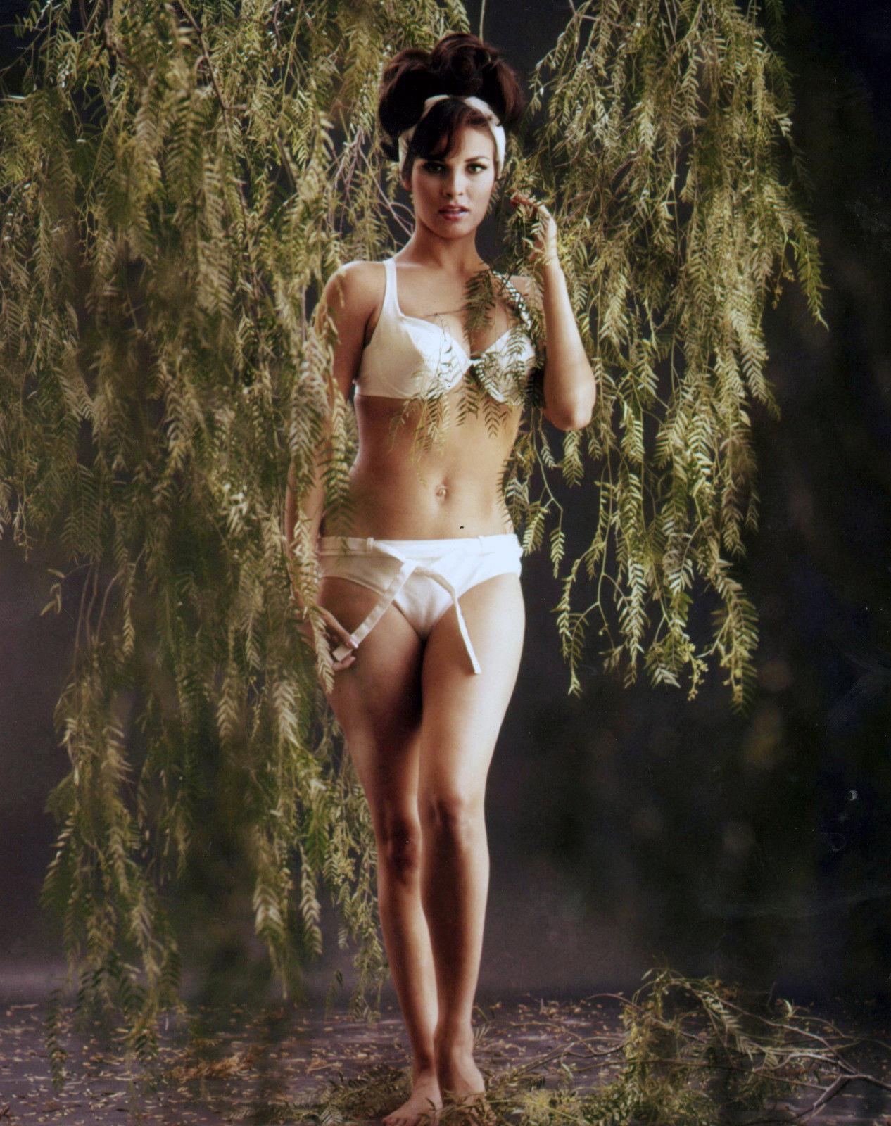 1940 RAQUEL WELCH white bikini