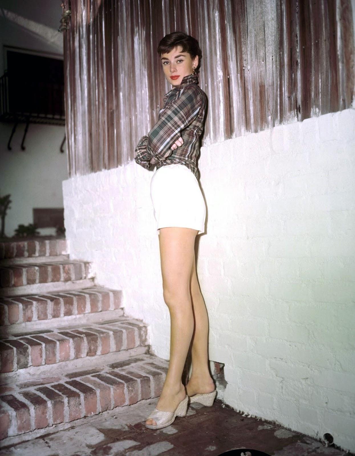Audrey Hepburn | 24 Femmes Per Second | Page 2