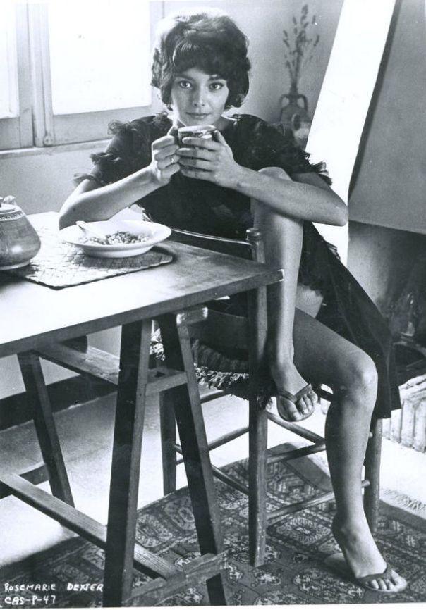 1944 Rosemary Dexter bw bordered