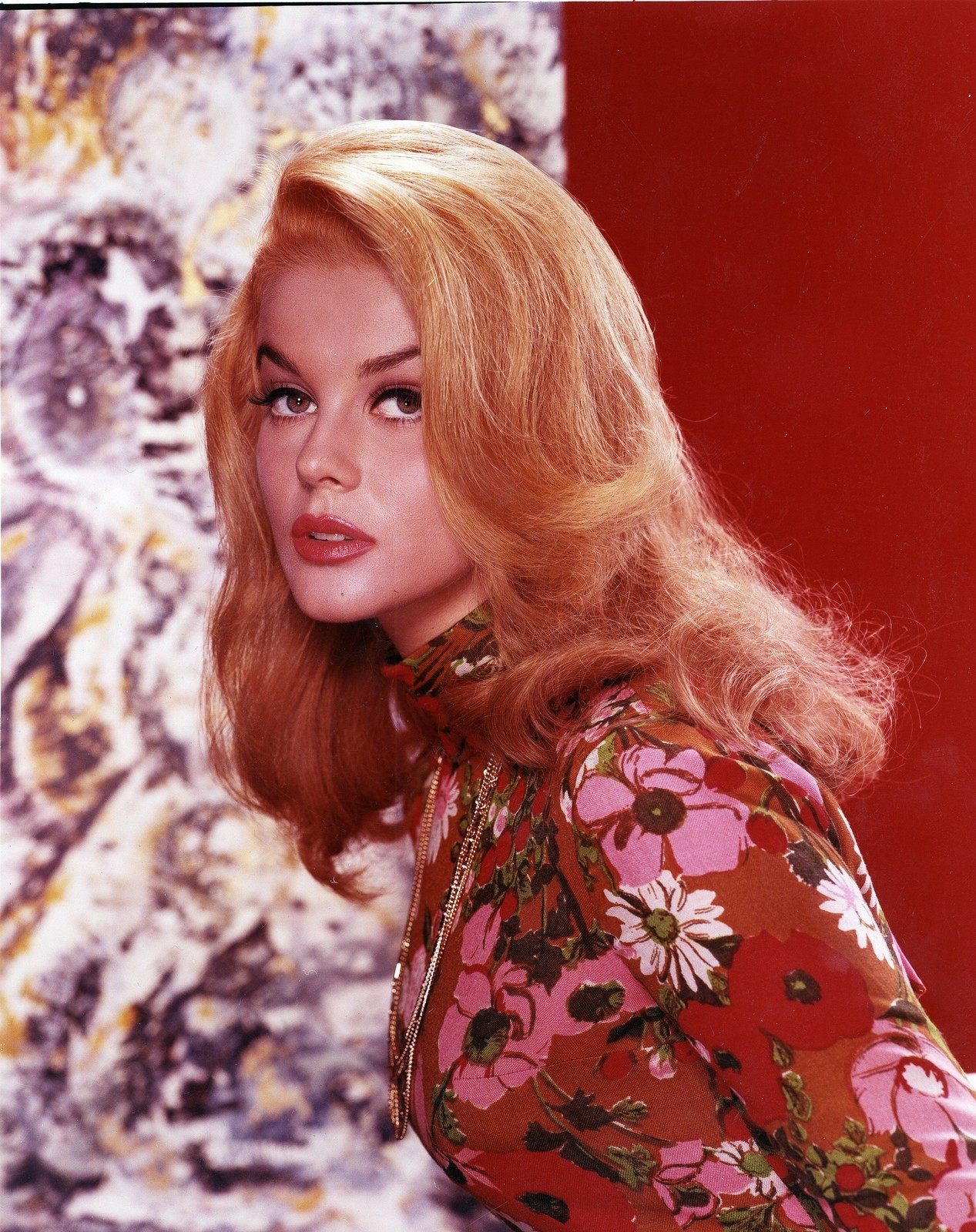 ann margret in color 24 femmes per second. Black Bedroom Furniture Sets. Home Design Ideas