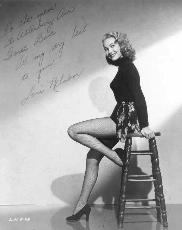 1933 Lori Nelson autographed stool