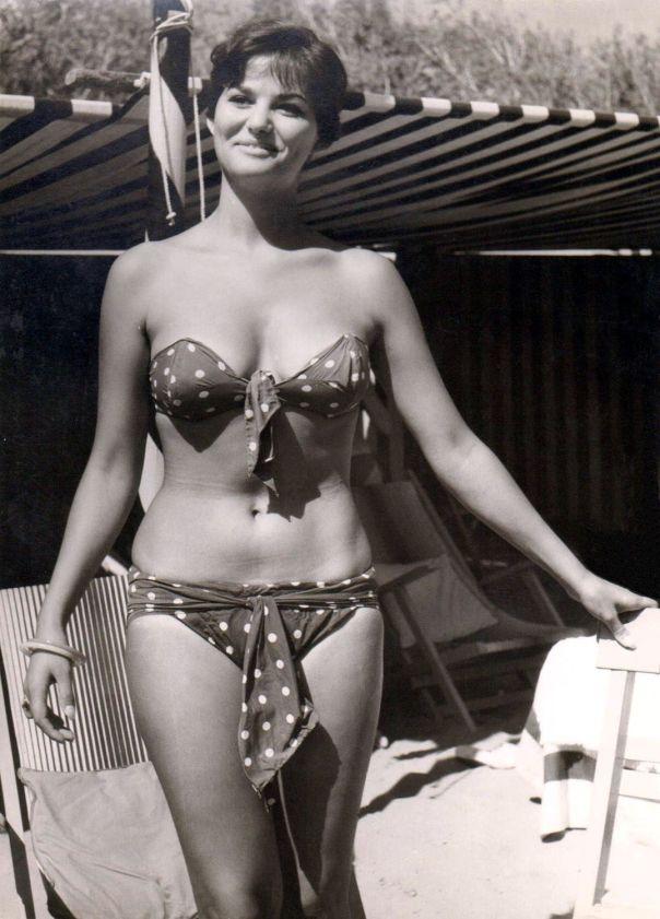 Claudia Cardinale bikini Les Petroleuses tumblr