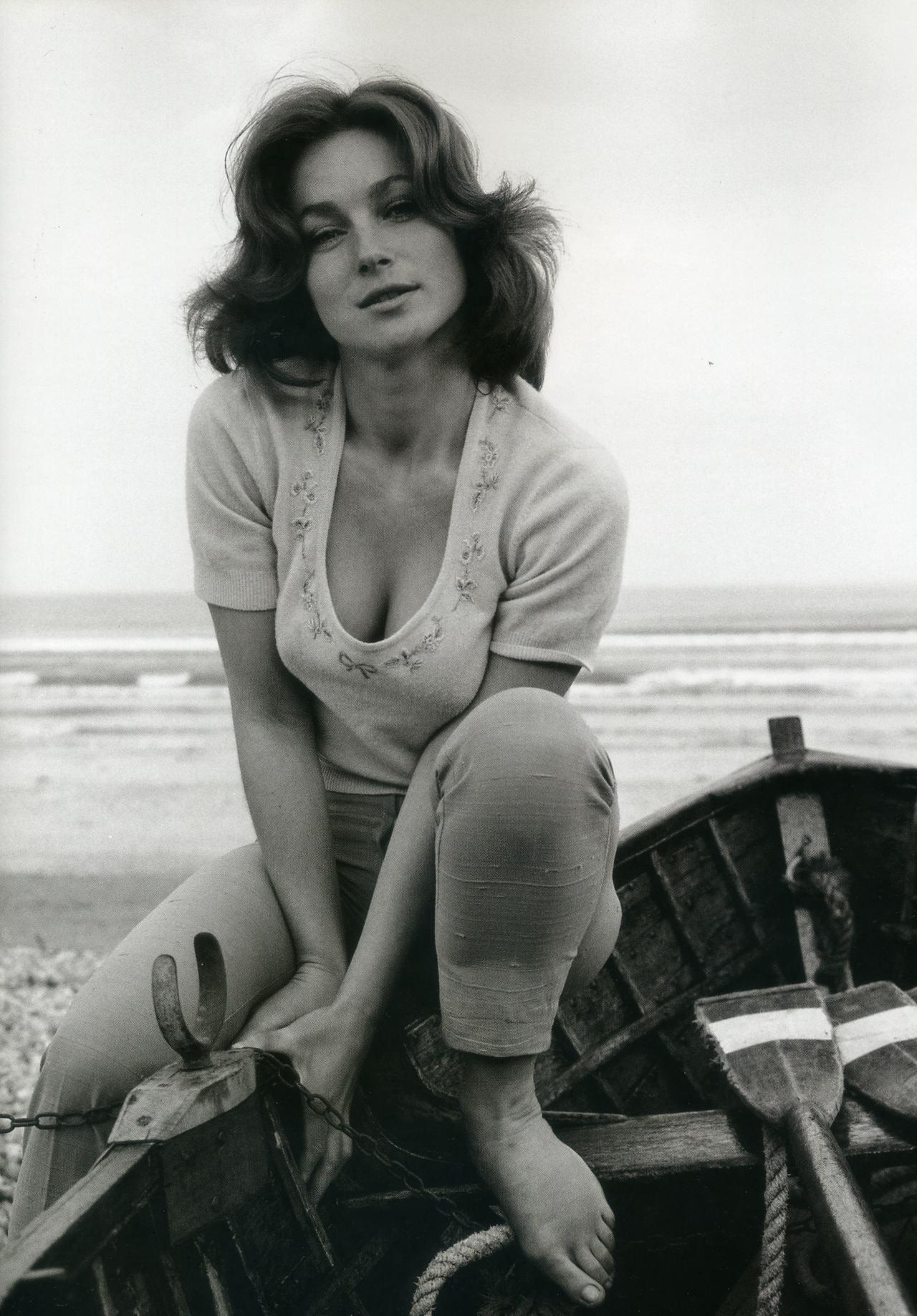 Shirley Anne Field (born 1938)
