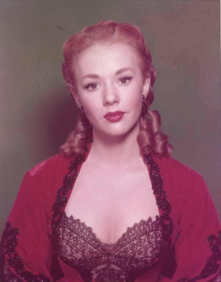 piper laurie in color 24 femmes per second. Black Bedroom Furniture Sets. Home Design Ideas