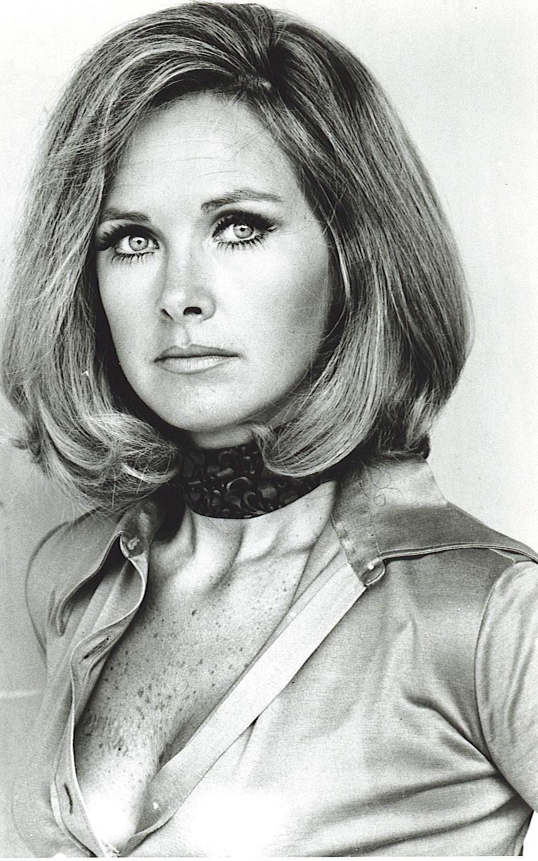Wanda Ventham - Wikipedia