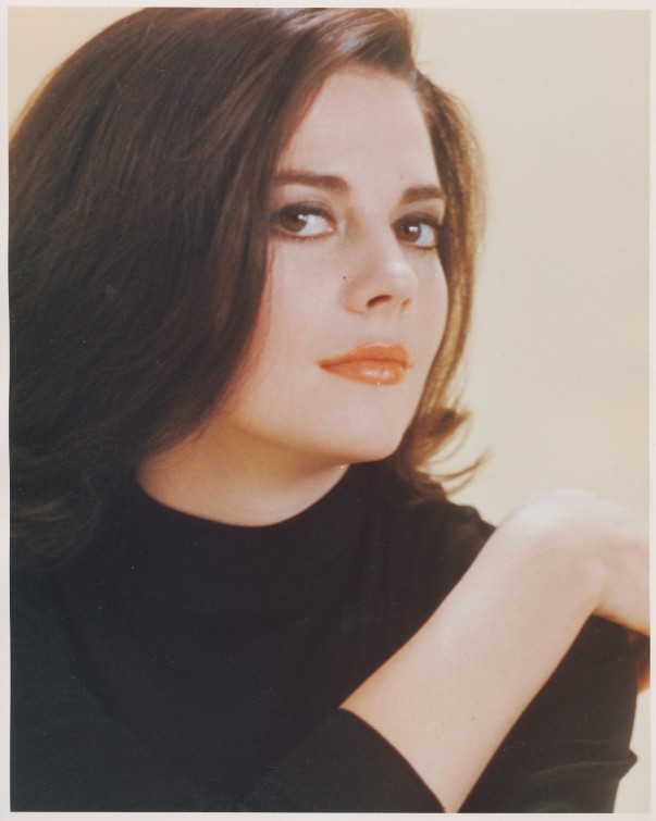 Natalie Wood cu color portrait black top