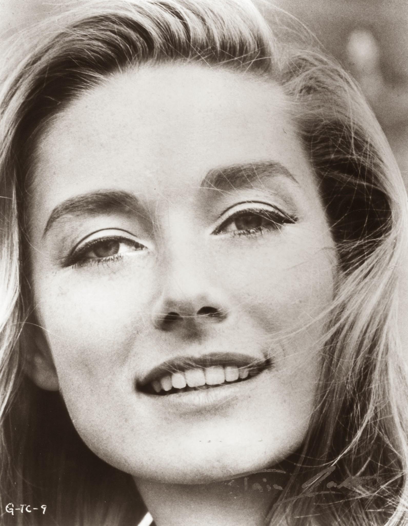 Tania Mallet Nude 50