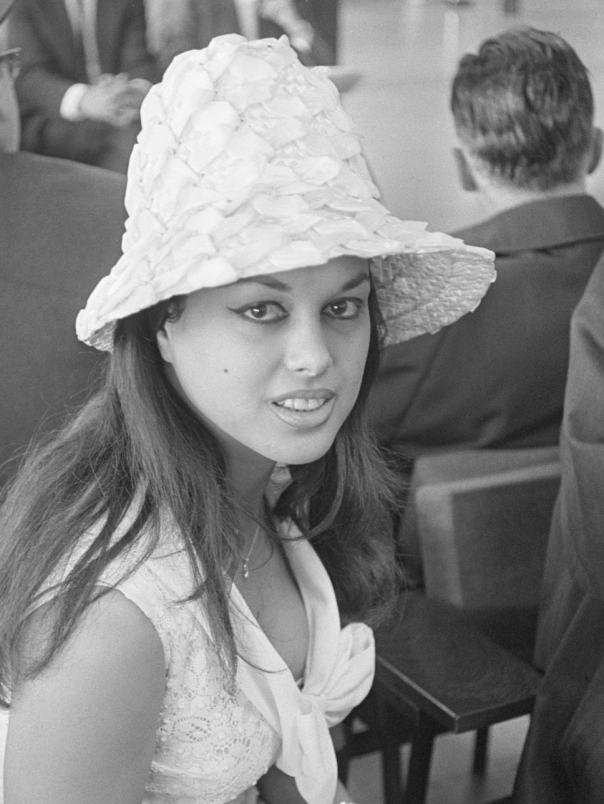 Aliza Gur
