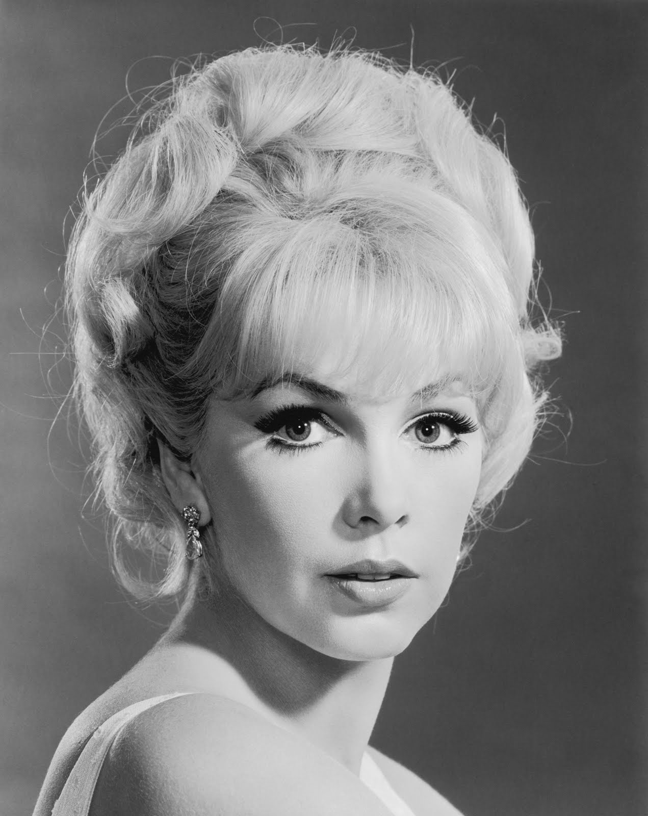 Stella Stevens Nude Photos 43