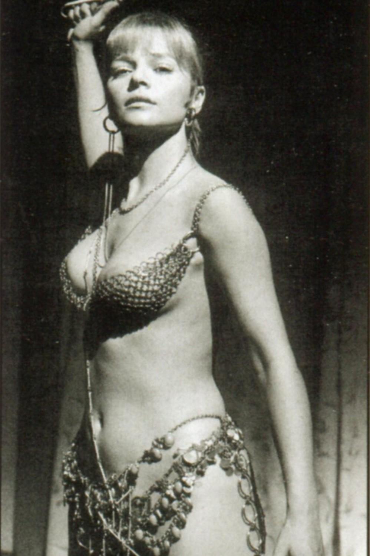 Laura Antonelli Nude Pictures 3
