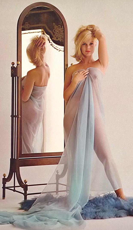 Madeleine lindley nude Nude Photos