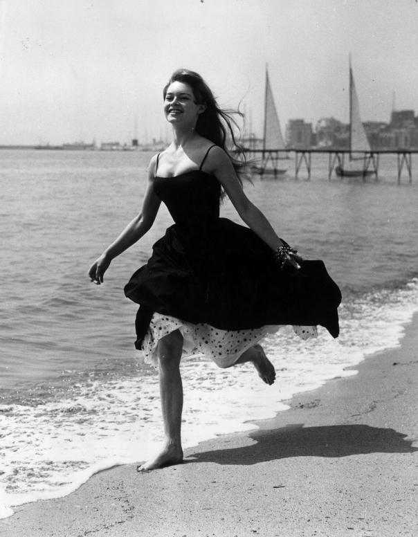 Brigitte Bardot cannesslide_294778_2395550_original