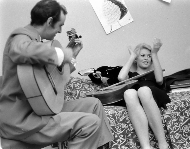 brigitte bardot charles aznavour guitar post-27165-1264362377