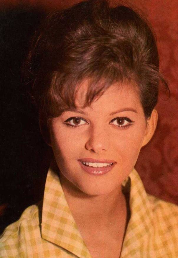 Claudia Cardinale colored pc