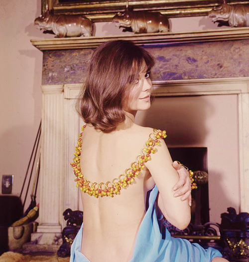 natalie wood sm bare back-1