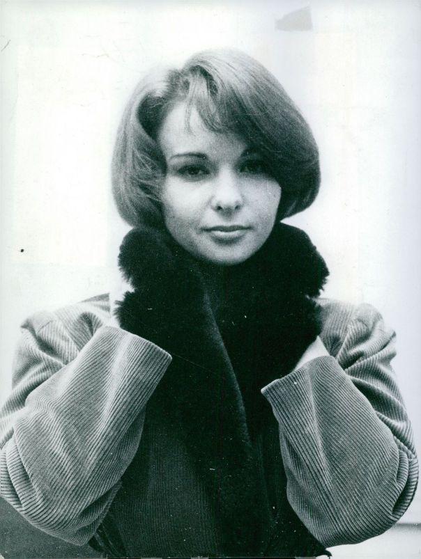 Francoise Arnoul. -