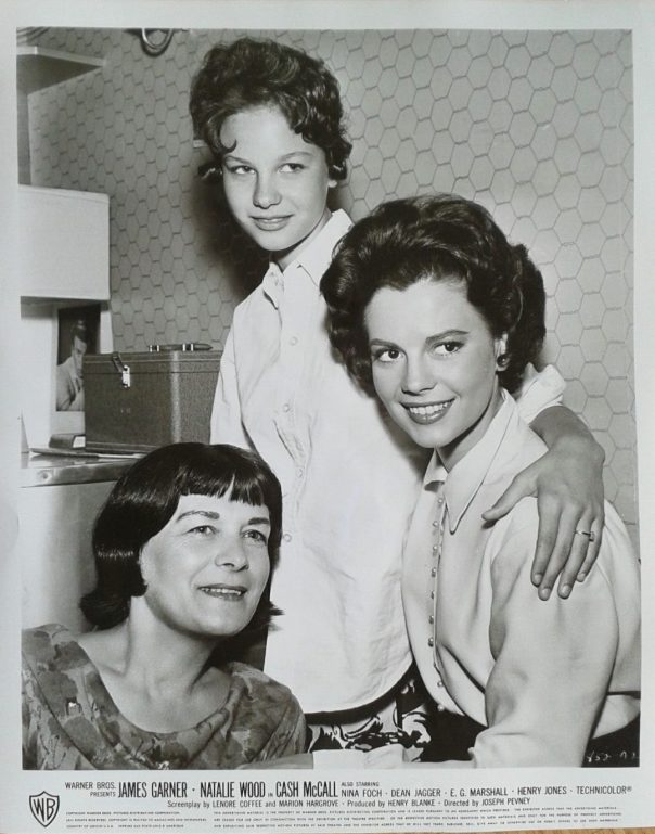 NATALIE & LANA WOOD & MOTHER ! rare vintage US 8x10 candid still CASH McCALL