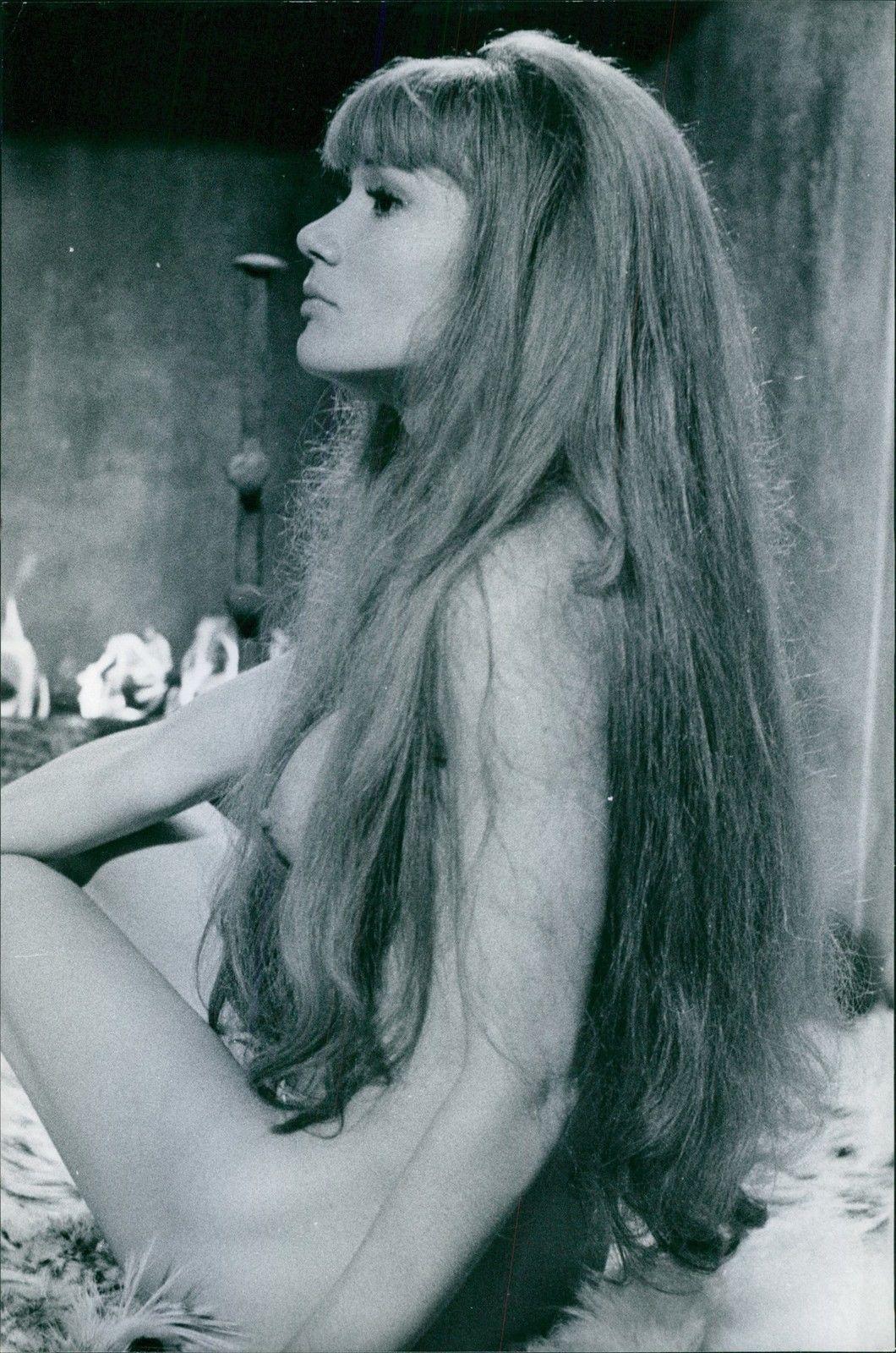 Olga Georges Picot Nude 36