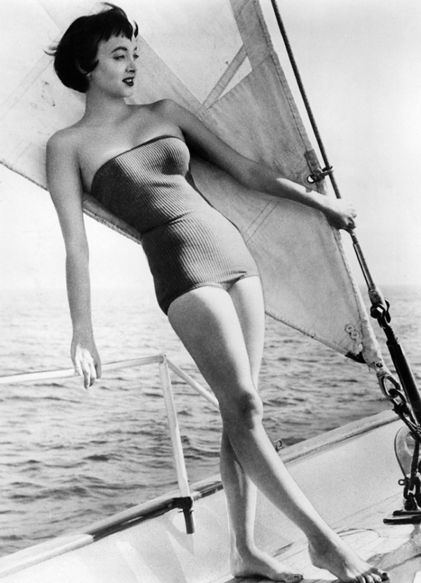carolyn jones sailing