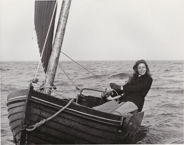 jenny agutter on boat