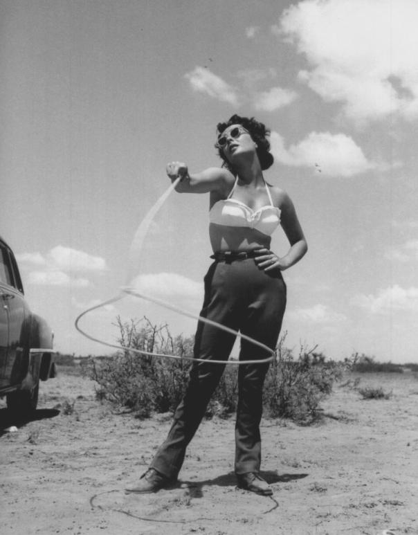 Elizabeth Taylor lassoo