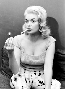 Jayne Mansfield smoking-2