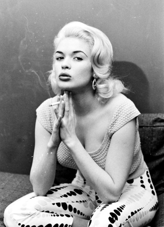 Jayne Mansfield smoking-8