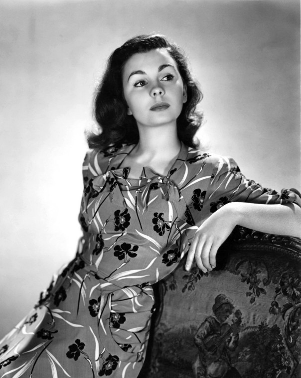 Jean Simmons look