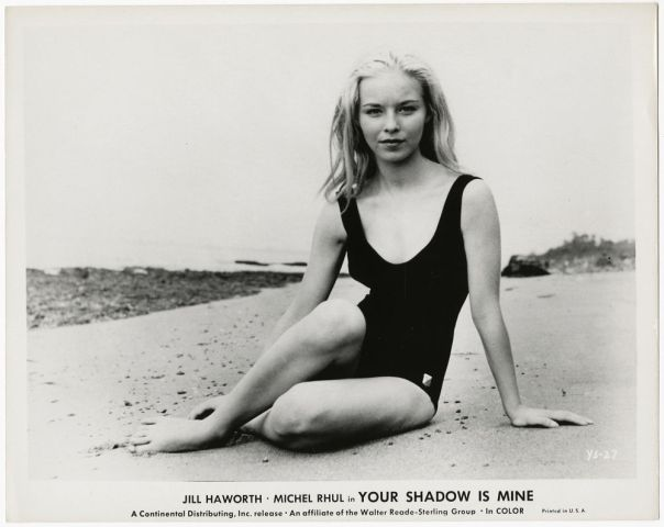 JILL HAWORTH PHOTOGRAPH SEXY MOD BEACH BUM