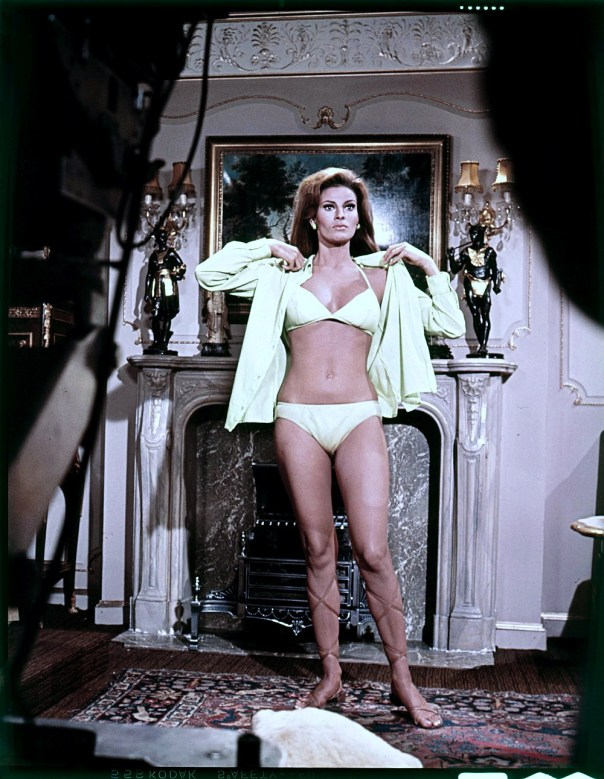 Raquel Welch 1967 fathom location