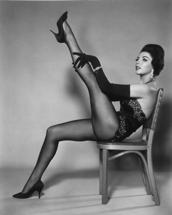 joan-collins-legs