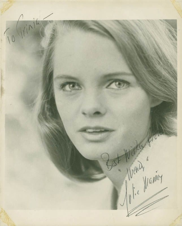 julie-mannix-inscribed-photograph-signed