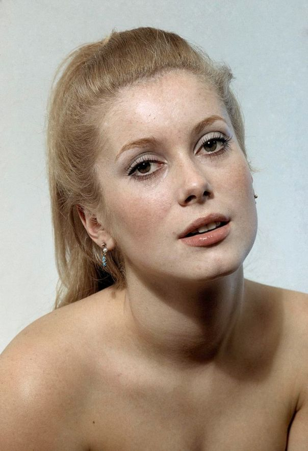 CATHERINE DENEUVE  (1965) ||rights=RM