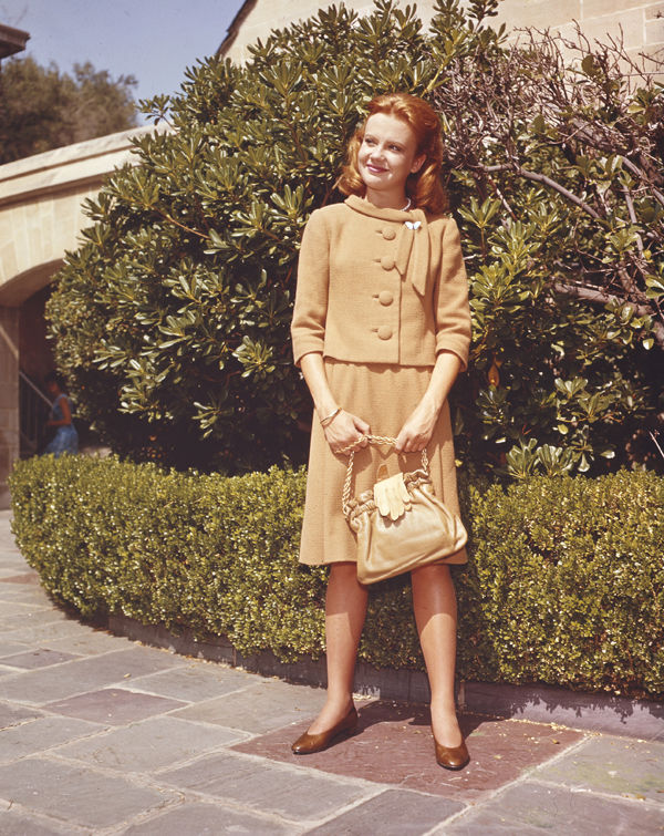 hayley-mills-1960s-cute-portrait-photo-full-length-original-5x4-transparency