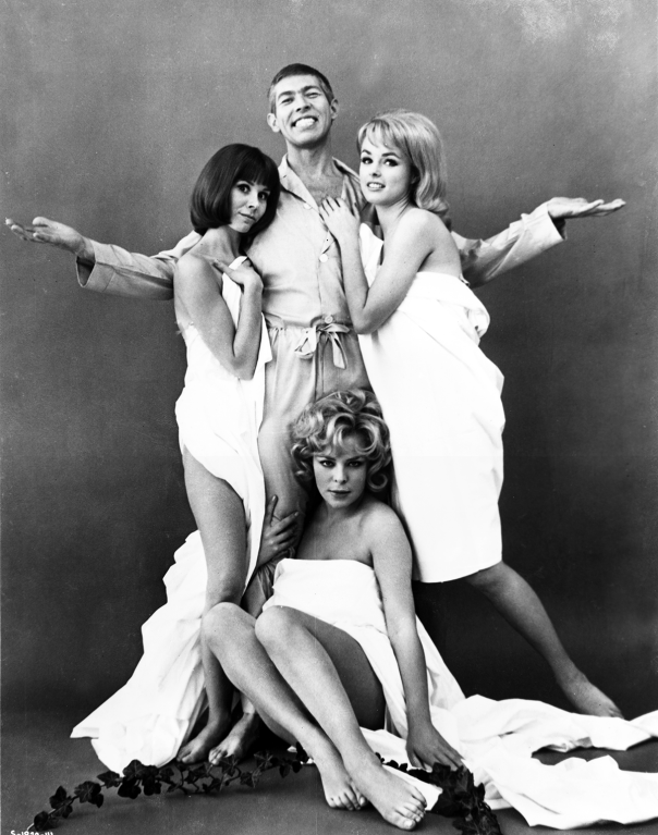 janine-gray-james-coburn-judy-carne-kathy-kersh-the-americanization-of-emily-19641