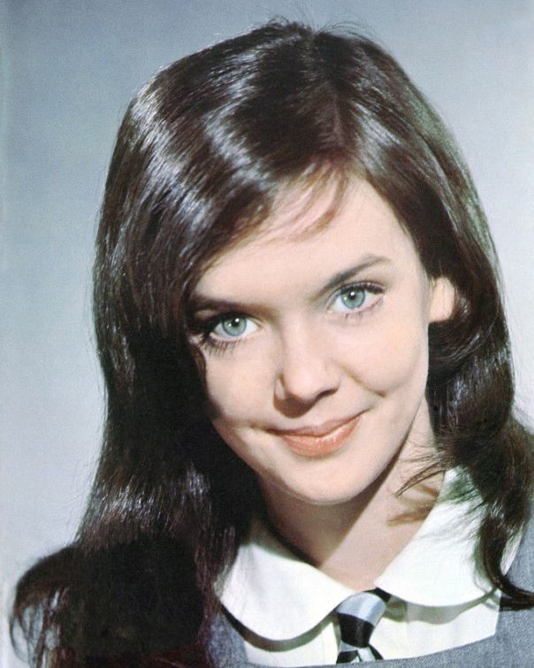 pamela-franklin-8x10-photo-prime-of-miss-jean-brodie