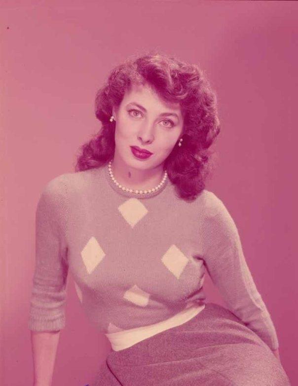 rita-gam-busty-1952-vintage-5-x-7-transparency