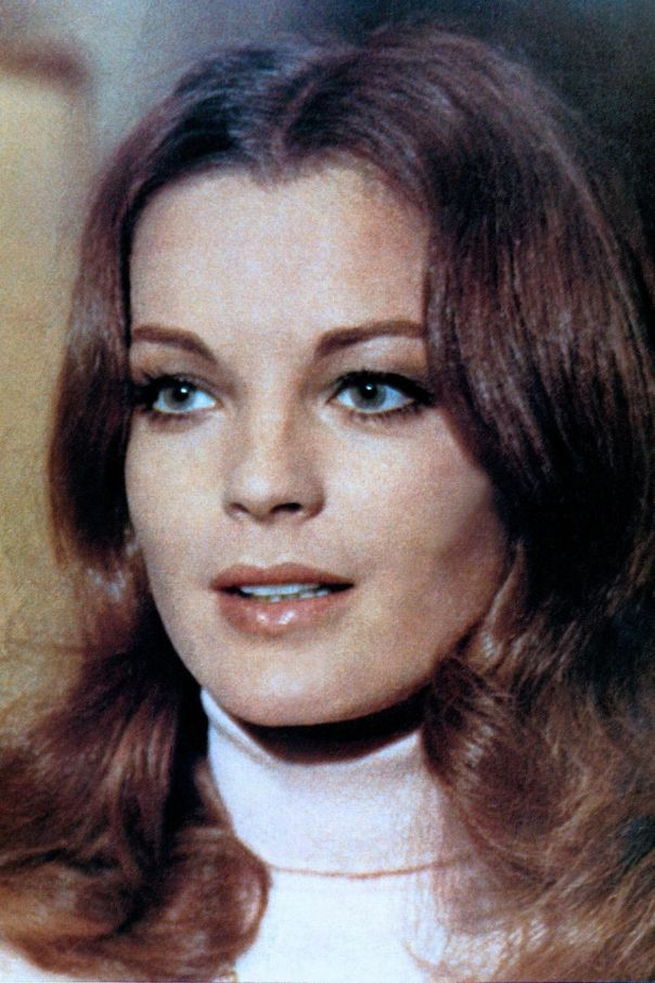 romy-schneider-ddpimages_00328947_generic_large