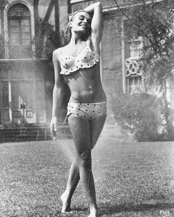 shirley-eaton-bikini-8x10-photo