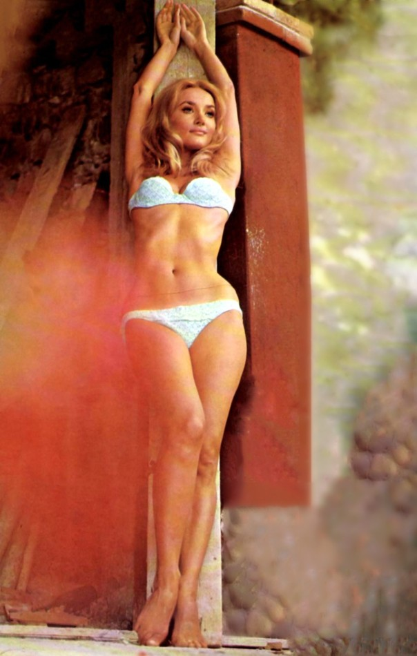 Barbara Bouchet | 24 Femmes Per Second