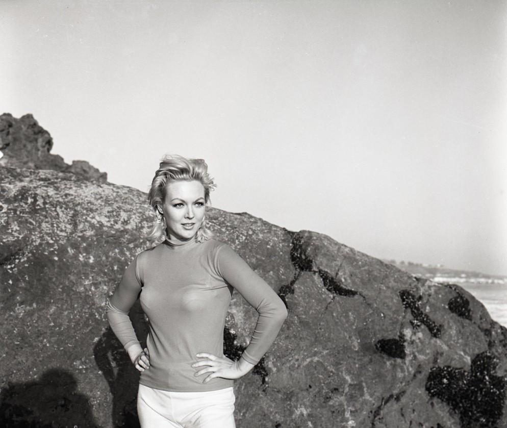 Cynthia Lynn Born Zinta Valda Zimilis  Riga Latvia Died  Los Angeles Usa Obituary Cynthia Lynn Who Played Colonel Klinks