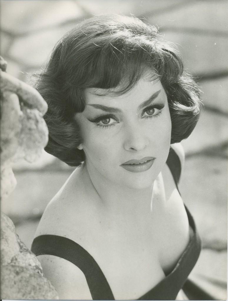 photo Gina Lollobrigida (born 1927)
