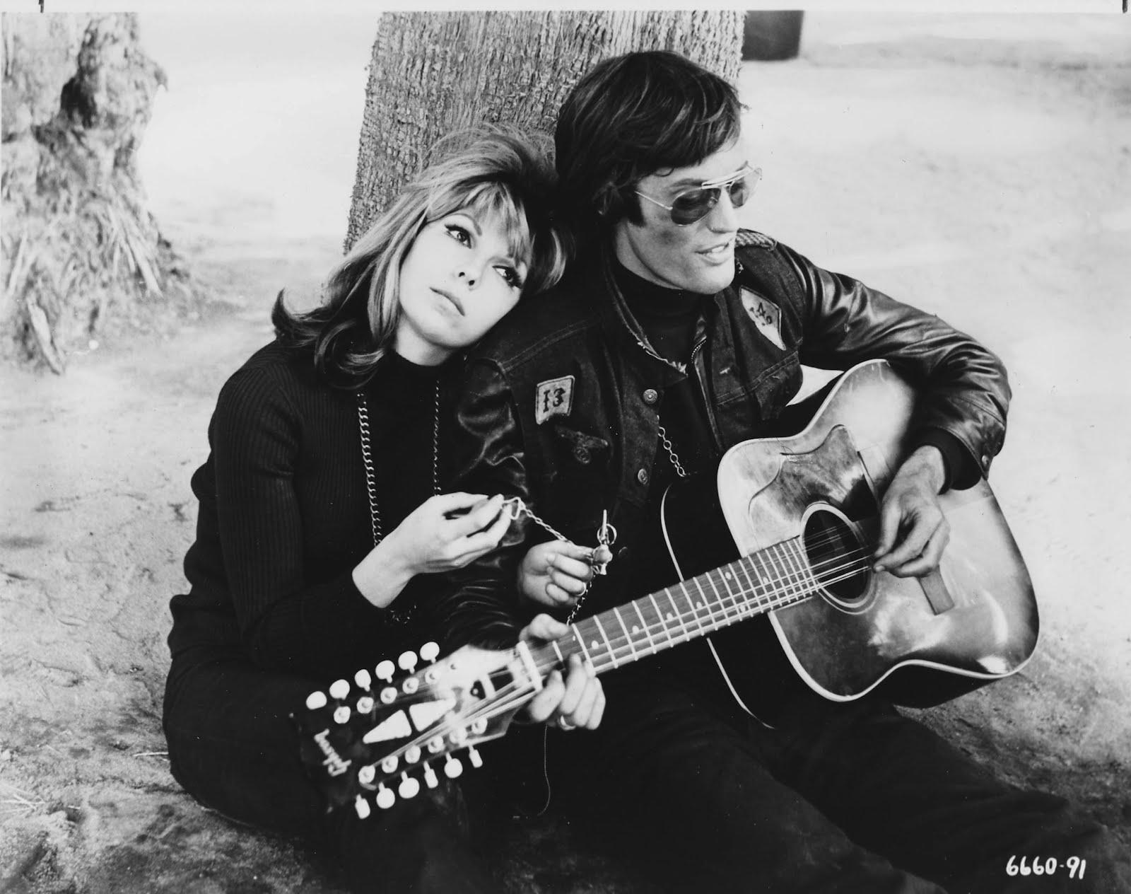Nancy Sinatra and Peter Fonda – 24 Femmes Per Second