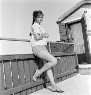 Claudia-Cardinale-1950s-4