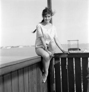 Claudia-Cardinale-1950s-6
