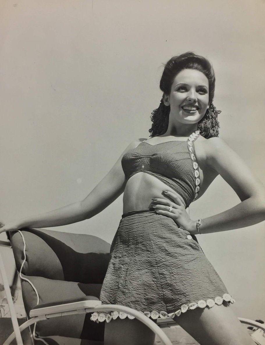 Linda Darnell 1923 –...